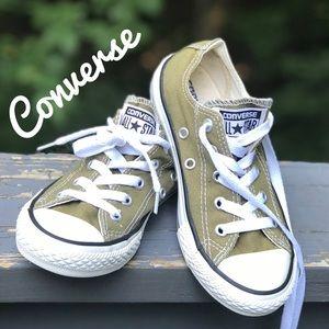 Olive Converse